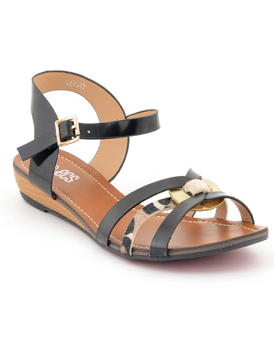 cbb86b830 Summer wardrobe is incomplete without the addition of lack color whether it  is for your dresses or for your sandals or shoes. This black casual sandal  is ...