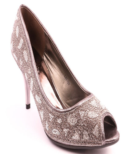 f7bea306bf86b4 Here is another crystal embedded grey and silver high heeled bridal shoes  that is definitely gorgeously put together and a delight to be worn on a  day that ...