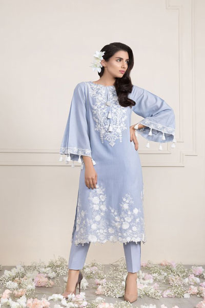 Sapphire S Lawn Collection 2018 21 Best Dresses For Pakistani Girls